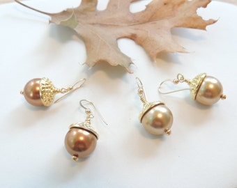 Fall Acorn Earrings, Crystal Pearl Acorn Earrings, Fall Jewelry, Swarovski Pearl Earrings, Golden Acorn Earrings, Fall Harvest. B20