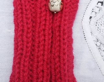 Red knitted phone sock, phone cover, owl
