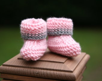 Super Easy Knitting Pattern - Baby Booties (newborn, 3 months, 6 months, 9 months, 12 months, 18 months)