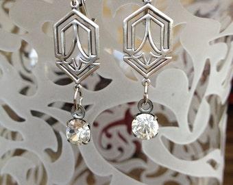 Art Deco inspired rhinestone earrings, silver, vintage rhinestone, jewelry, earrings, bridal, dangle, chandelier, drop. weddings, bridesmaid