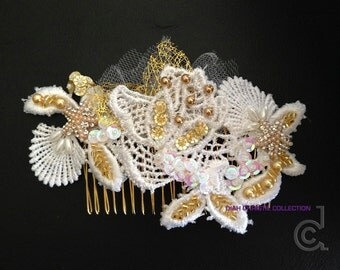 Gold Starfish Wedding Hair Comb, White Gold Beaded Venice Lace, Bridal Headpiece, Scallop Lace Hair Piece, Beach Wedding Hair Accessory