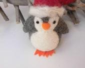 Christmas penguin, ready to ship, cute christmas decoration, needle felted animal, felt penguin, cute pinguin, soft sculpture