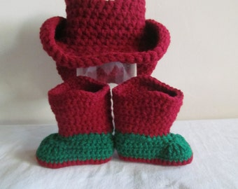 Hand Crocheted Baby Cowgirl Boots in Christmas Colors 0-3 Monh Size - READY TO SHIP