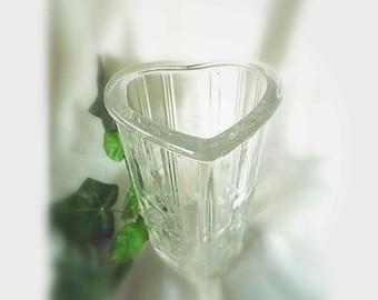 Vintage AVON Glass Vase Heart Shaped Vase Valentines Day Collectible Vase Bud Vase Gift Of Love Gift For Her Wedding Gift Anniversary Gift