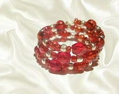 Red Beaded Ring - Gold Memory Wire Rings - Wrapped Jewelry - Three band Ring - Seed Bead Beadwork - Czech glass Jewellery