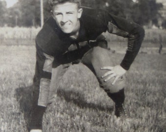 Athletic 1930's American Football Player Snapshot Photo - Free Shipping