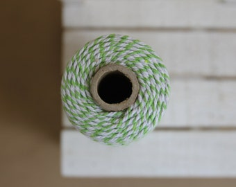 grass GREEN Baker's twine - full spool of 110 yards - 100M - light green & white - BT09