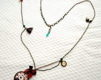 Necklace - White Rabbit - Alice in Wonderland - illustrations Poison B. - watch - tea time - shabby chic - bronze - green - brown - mushroom