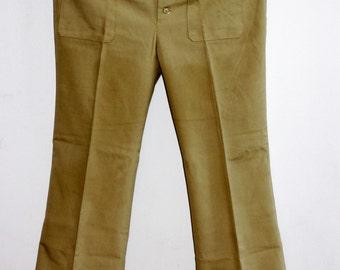 Vintage 1970s  Woman's Flare Pants beige cotton with amazing Pocket details