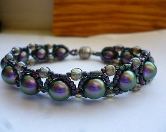 Purple and Green Saturn Chain Bracelet