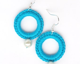 Textile Jewelry, Circle earrings crochet in Turquoise cotton yarn and little syntetic pearl crochet jewelvery, Elegant earrings,Accessory
