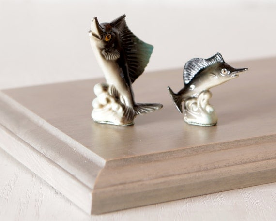 Vintage plastic marlin fish figurines ocean or nautical decor for Vintage ocean decor