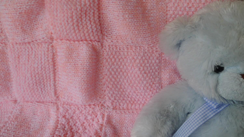 Manta rosa para beb hecha a mano regalos para ni as manta - Mantas de punto hechas a mano ...