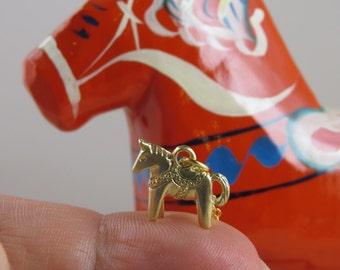 Dala horse charm, Dala horse necklace, horse necklace, bridesmaid gift, Swedish Dala horse, presonalized necklace, initial necklace