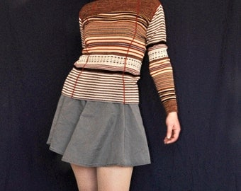 Vintage 70s knitted turtleneck sweater/top long sleeves Graphic stripes multi color brown white orange yellow blue Size S/M