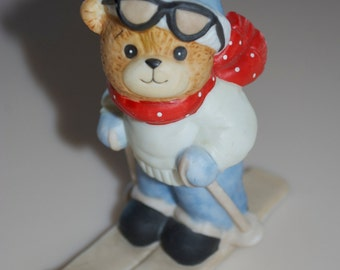 """Lucy Rigg Enesco Teddy Bear Skier Skiing Figurine 1982 Lucy and Me 4"""""""