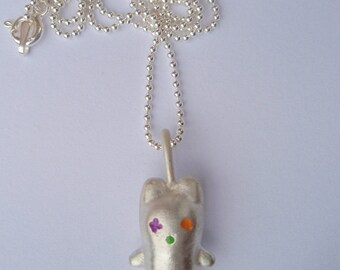 """Petinuus """"Bear"""": solid silver pendentif painted with bright colors varnish"""