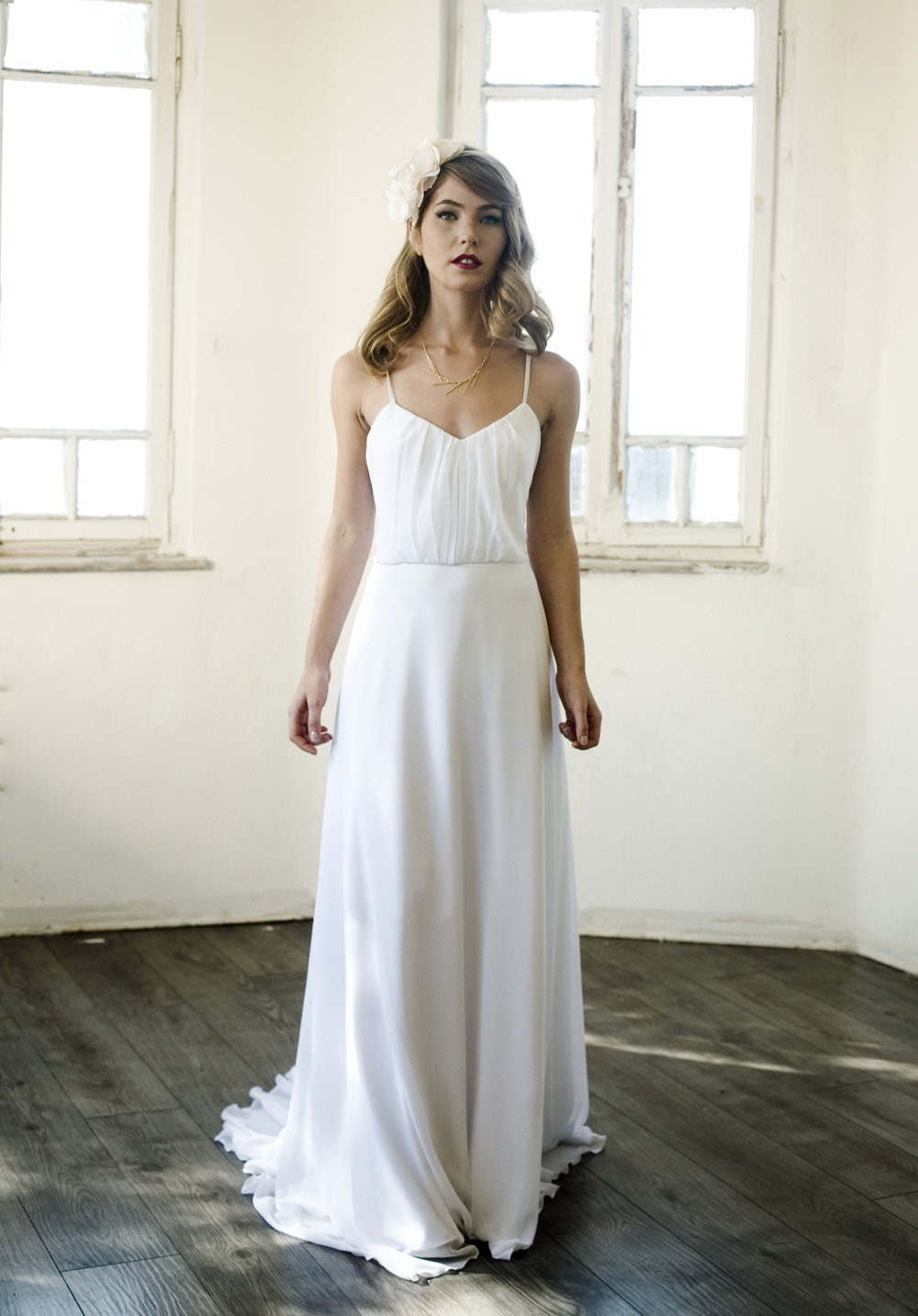 Simple wedding dress simple ivory beach wedding dress simple for Beach wedding dresses simple