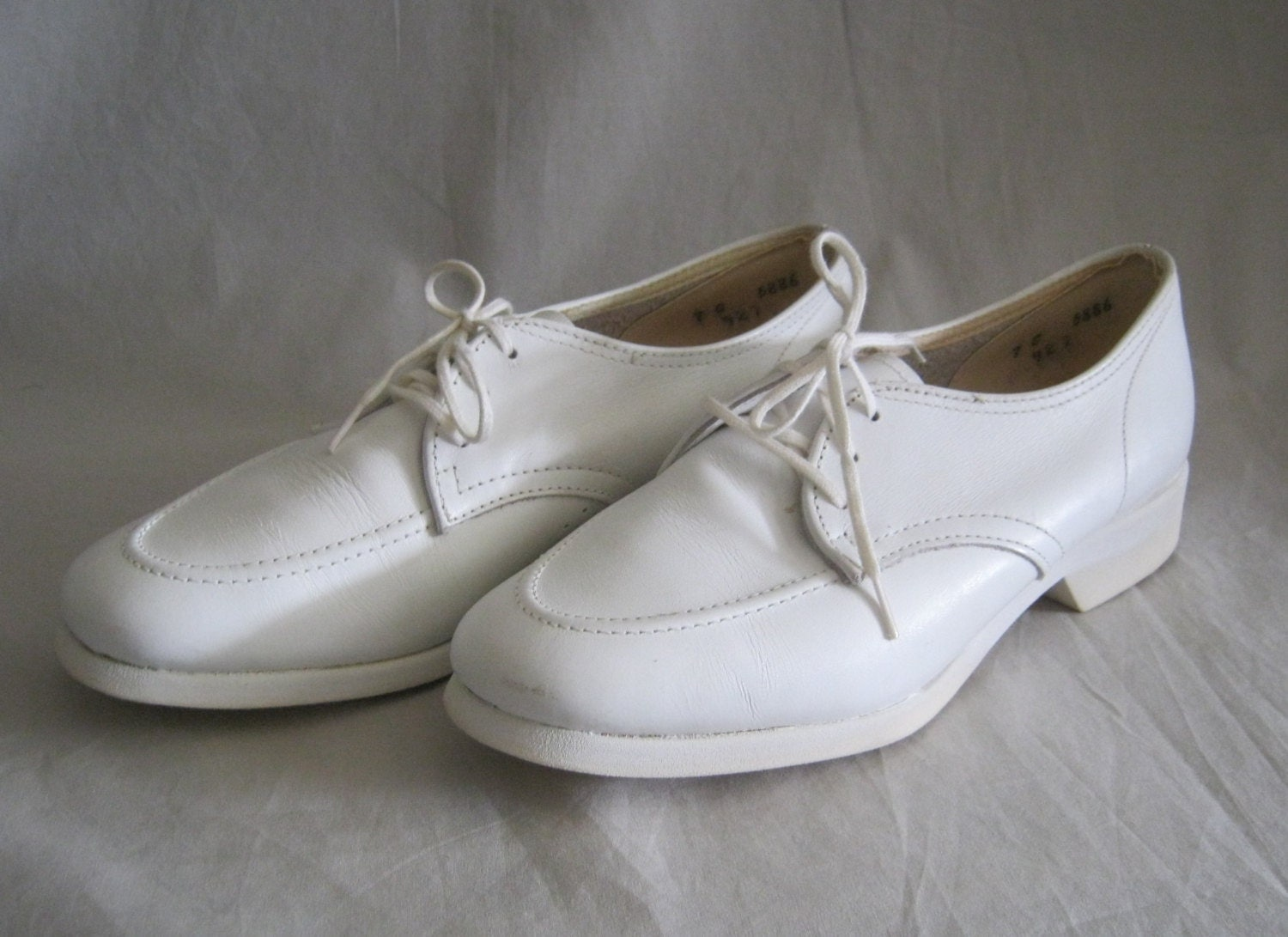 Vintage Nurse Shoes 29
