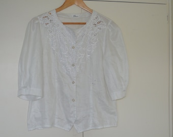 BARGAIN Puffy Sleeved White Vintage Blouse