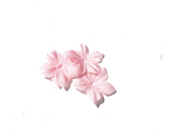 Shaped flowers of pale pink silk pongee 10 size 35 mm