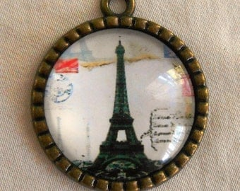 29mm round Eiffel Tower pendant, Paris France, Antique Bronze, Steampunk C3401
