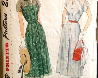 Simplicity 3242 - 1950s Button Front Summer Dress with Scalloped Fitted Bodice