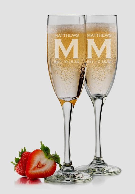 bride and groom glasses set of 2 personalized champagne. Black Bedroom Furniture Sets. Home Design Ideas