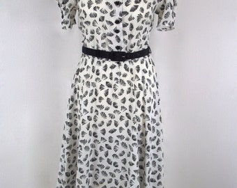 Vintage 1980's - 'St Michael' Black and White Fan Print Belted Day Dress - UK Size 10