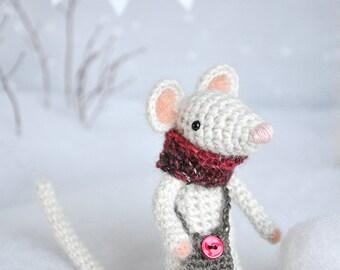 Henry - Little Crocheted Mouse - Plushie - Stuffed toy - Amigurumi - Tiny Animal
