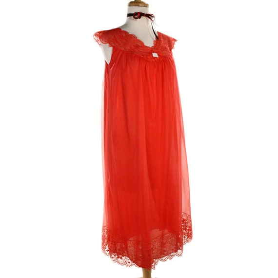 1960s Red Babydoll Nightgown from Hey Viv ! on Etsy