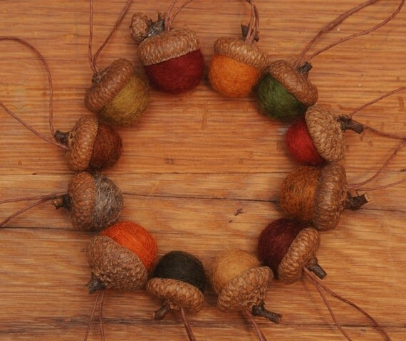 Wool Felted Acorns in Fall Colors,  Set of 12 Acorns OR Acorn Ornaments
