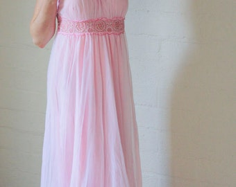 Vintage Night Gown With Ultra Feminine Sheer Pink Flowing Silky Knit With Lace - Size Medium
