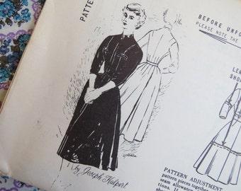 1950s Zip Front Shirtdress Pattern - Vintage Spadea Designer 1192 - B 36 1/2 Designed by Joseph Halpert FF