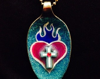 Sacred Heart necklace - spoon necklace - Pink/Blue