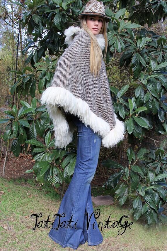 70's LUSH Sheepskin + ALPACA Wool Woven Poncho // Vintage Clothing by TatiTati Vintage on Etsy