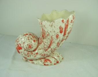 Vintage CORNUCOPIA VASE Flower MOD Orange Speckled Floral Horn Snail