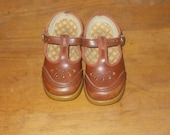 Vintage Brown T-Strap Mary Jane Baby Toddler Girl Wedge Shoes Size 5
