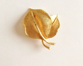 Vintage BSK Gold Leaf Brooch/Pin