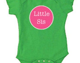 Little Sister Onesie | Onesie available in 10 colors w/ the option of personalization | Great baby gift! | Little Brother Onesie available