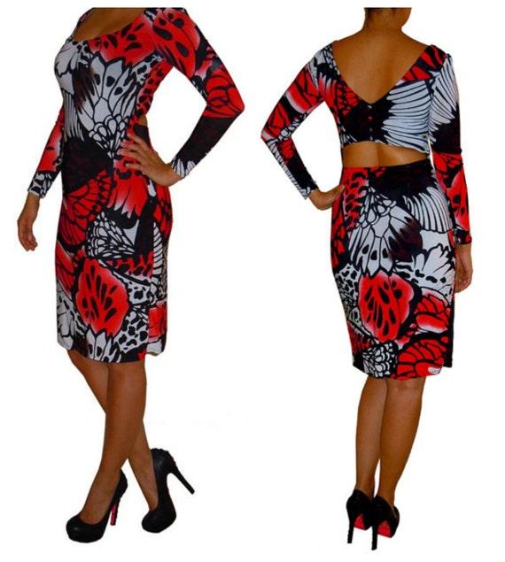 Back cutout dress, long sleeve shift dress, black print, red print,  V neck, gathered neck, button detailing, de almeida designs