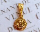 Medal - Saintes Maries 18K Gold Vermeil Medal - 10mm