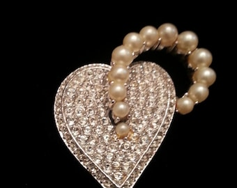 Vintage 1960's Marvella Rhinestone Heart Pin with Simulated Pearl Accent