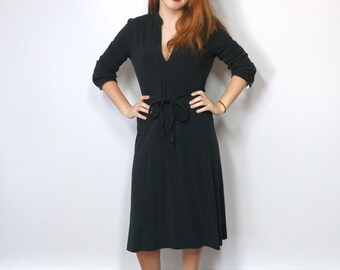 Dress Vintage Black Dress Knit Dress Tommy Hilfiger Stretchy Belted V Neck Designer Womens Vintage Dress Size Small Petite