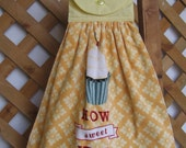 "Cupcake Kitchen Tea Towel, Hanging Dish Towel, Baking Cupcake Towel, Saying Towel, ""How Sweet It Is"", Kitchen Towels, Yellow SnowNoseCrafts"