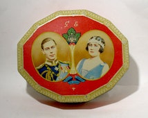 British Royal Family Toffee Tin - Royal Tour (1939) Souvenir - King George VI & Queen Elizabeth Tour - Harry Vincent Tin - Blue Bird Toffees