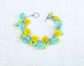 Ranunculus bracelet Polymer clay jewelry Fairy bracelet Polymer clay bracelet Blue yellow flowers Ranunculus jewelry Pastel Flower bracelet