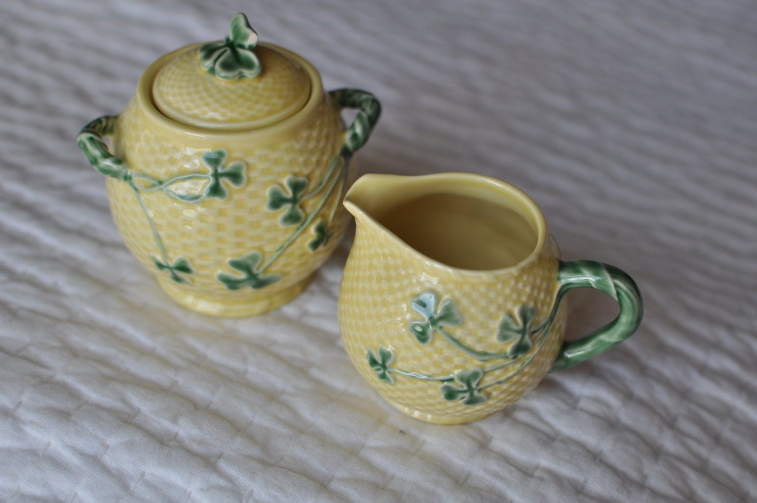 Bordallo pinheiro shamrock pottery from portugal creamer and - Bordallo pinheiro portugal ...