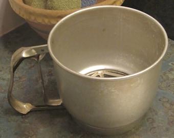 Foley Flve Cup Sifter 1950 Era