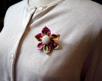 Mauve Fabric Flower Brooch, Flower Pin - Handmade Fabric Flower